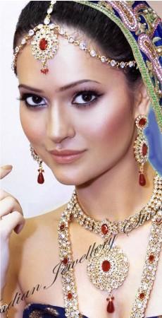 ANUSHKA Matha-Patti DGRA03323