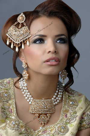 HAFSA Necklace Set BGWA02963