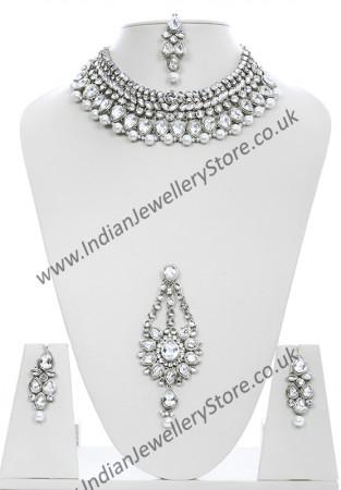 Fashion Pearl Necklace Set NSWC10441