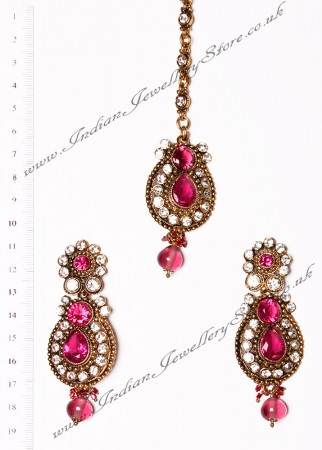 RAJNI Earrings and Tikka IAPC02667