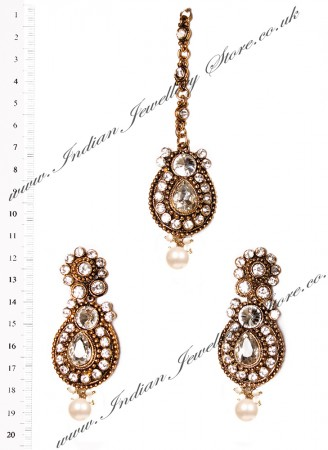 RAJNI Earrings and Tikka IAWC02666