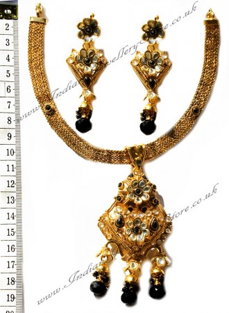 Black Necklace Set NGBK0569