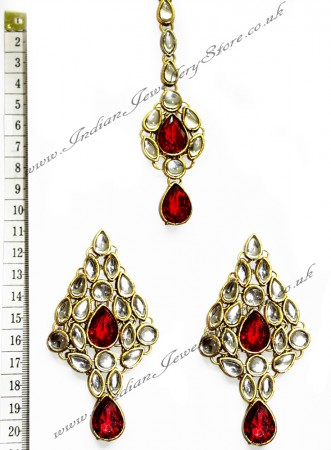 KUSHI Earrings and Tikka IARK0563
