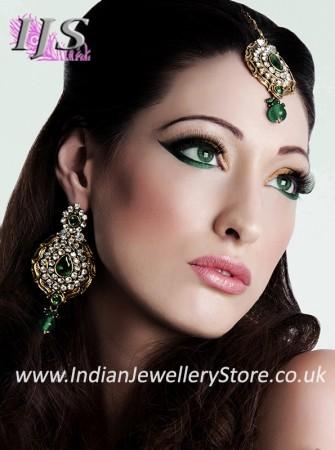 Earrings & Tikka Set - Ayeesha IAWC10603C