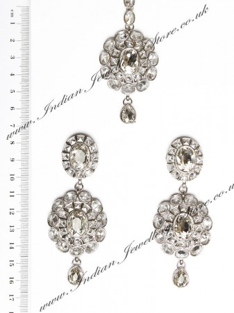 American Diamond Earrings and Tikka ISWA04386
