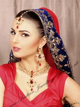 Parneet Necklace Set NGRA10061C