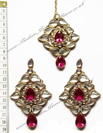 TRISHA Large Earrings and Tikka IGPK0550