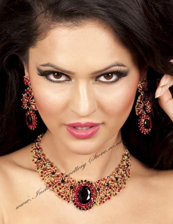 AASHI Indian Necklace Set NAWC10559C