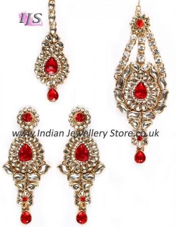 Pakistani Jewelry - kundan earring, tikka & jhumar set.