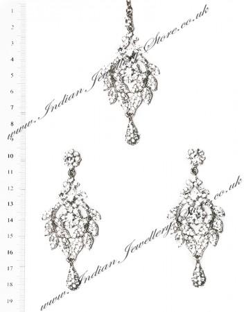 Yashi Earrings and Wider Tikka ISWC03563