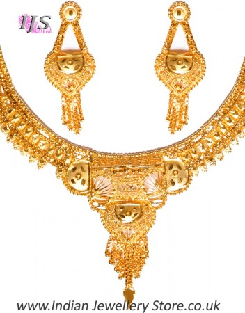 22k Effect Indian Necklace Set NGWN04683