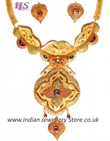 22k Effect Indian Hearts Necklace Set NGMP04693