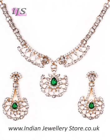 Sophisticated Necklace Set NGGA04622