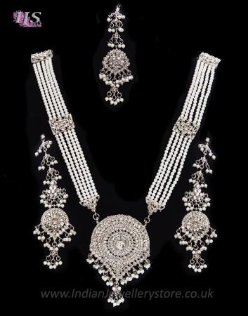 Nizami Crystal & Pearl Long Haar Set in Silver NSWC11162