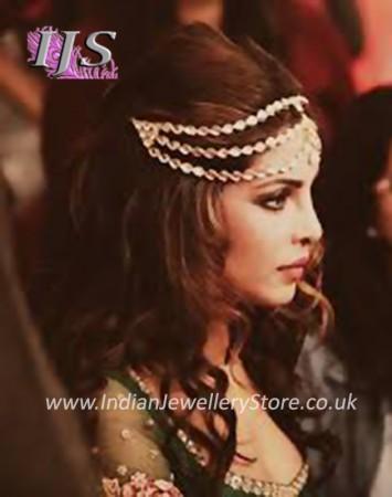 Priyanka Chopra Inspired Matha Patti and Earrings DAWA04611