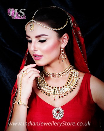 Gold Kundan Indian Bridal Jewellery Set Online