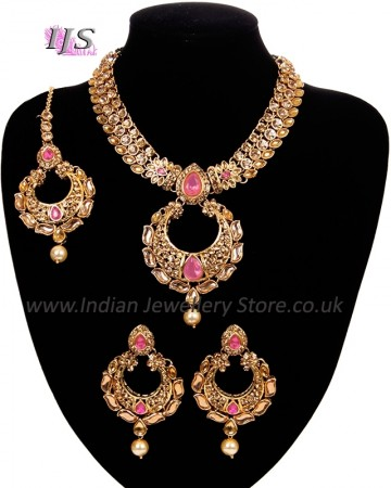 Asian Chand Design Pendant Necklace Set - Shabika NAOC10932C