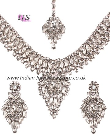 Statement Silver Kundan Necklace Set NSWK11067C