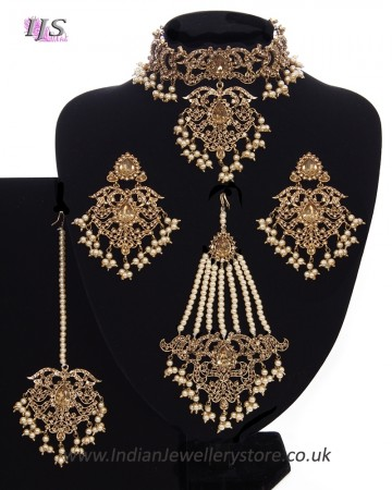 Mughal Princess Pearl Indian Jewellery Set - Choker, Ear, Tikka & Jhumar NANC11315