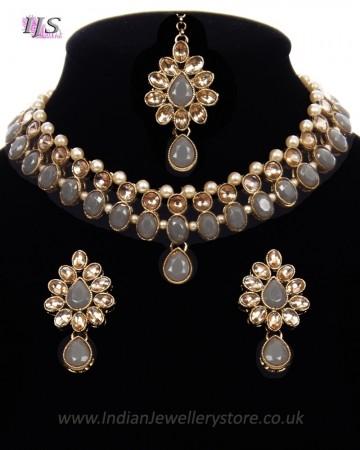 Delicate Indian Choker Jewellery in Golden Kundan & Pearl NANL11439C