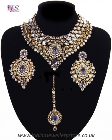 Statement Kundan Collar Necklace Set - greyish lavender purple NAUK11521
