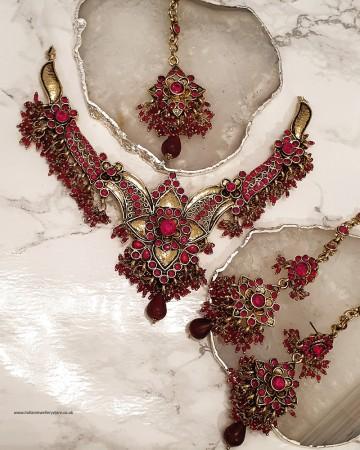 Red Dancer Necklace Set NARC0358