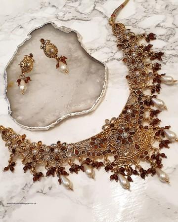 Neutral Antique Necklace & Stud Earrings NANP02359