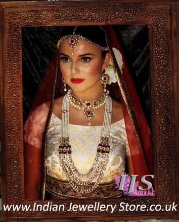 Indian Bridal Jewellery and Indian Bridal Hair Flowers
