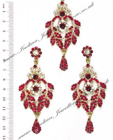 Crystal Earrings and Wider Tikka - Yashi IAWC10601C
