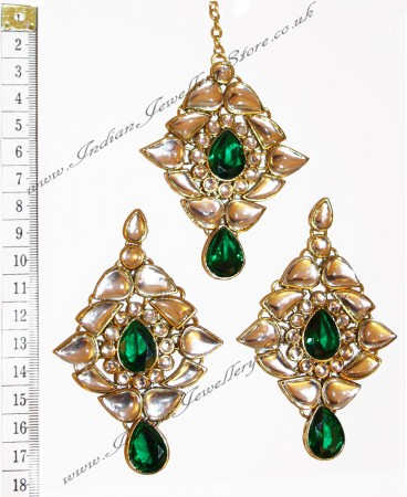 TRISHA Large Earrings and Tikka IGGK0553