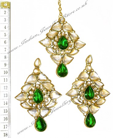 TRISHA Earrings and Tikka IGGK02361