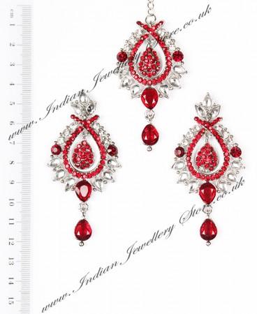KIA Earrings and Tikka ISRC04090