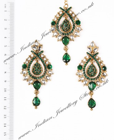 KIA Earrings and Tikka IAGC04095