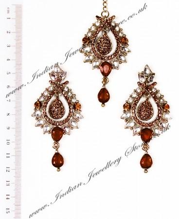KIA Earrings and Tikka IANK04373