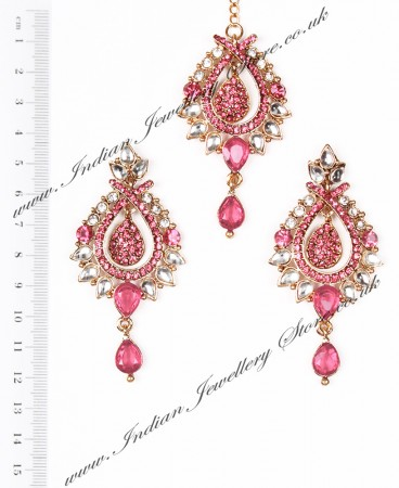 KIA Earrings and Tikka IAPK04375