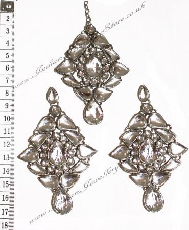 TRISHA Large Earrings and Tikka ISWK0556
