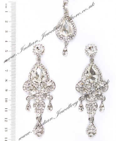 Anita Earrings and Tikka ISWC03786