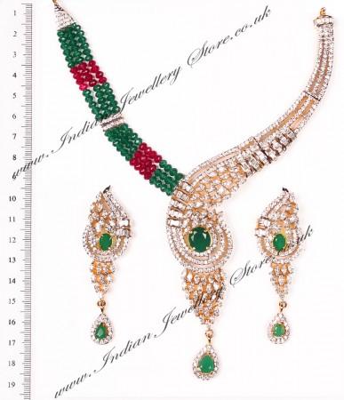 Classic Beaded Necklace Set NGAA04631