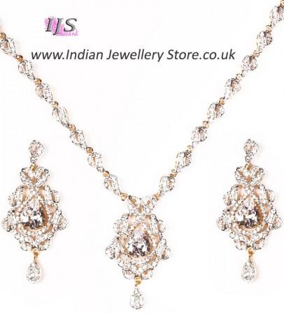 Sophisticated Necklace Set NGWA04623