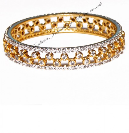 1x Designer Gold Effect Bangle, 2.6 WGWA03628