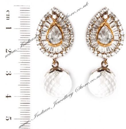 STUD Earrings EGWA03390