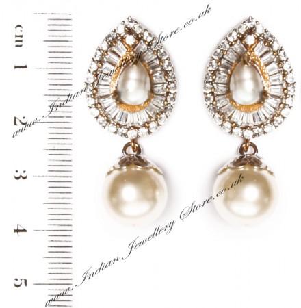 STUD Earrings EGWA03391