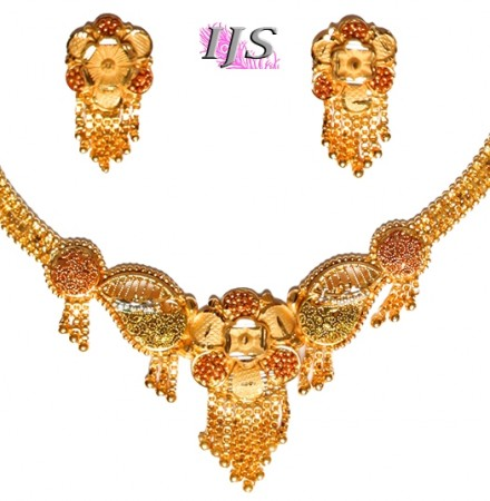 22k Effect Indian Necklace Set NGWP04701