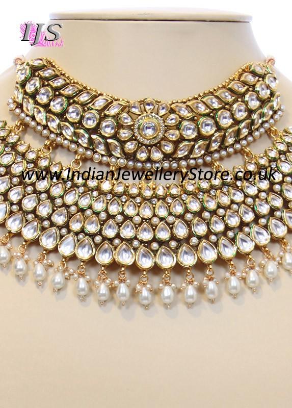 Grand Kundan Semi Choker Bridal Set Indian Jewellery