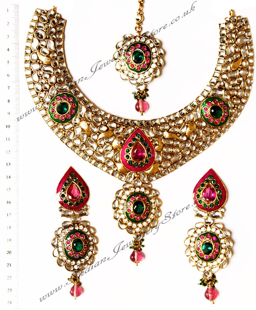 Apara Bridal Pearl Lct Stones Gold Necklace Set Jewellery: Collar Necklace - PARVEEN NAWK10547C