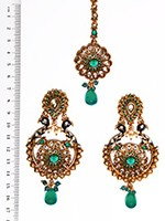 Peacock Indian Earrings and Tikka IAGA04393 Indian Jewellery