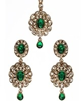 American Diamond Indian Earrings and Tikka IAGA10992C Indian Jewellery