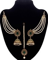 Regal Indian Jhumkas, saharas & tikka jewellery set IAGA11117 - bottle green Indian Jewellery