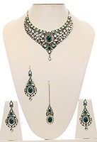 Nisha Indian Bridal Jewellery NAGK03981 Indian Jewellery