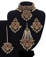 Mughal Princess Pearl Indian Jewellery Set - Choker, Ear, Tikka & Jhumar NAMC11304 Indian Jewellery